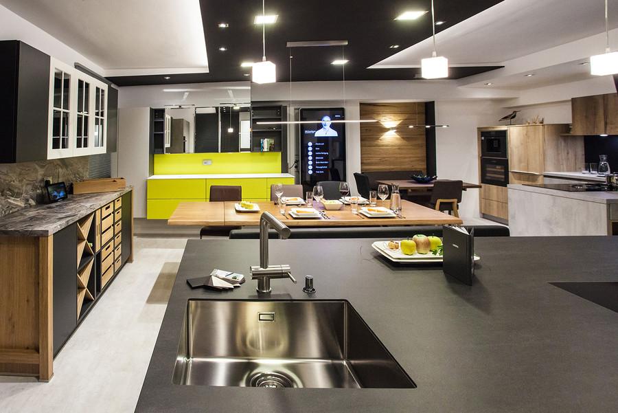 schauraum hackl lebensr ume. Black Bedroom Furniture Sets. Home Design Ideas